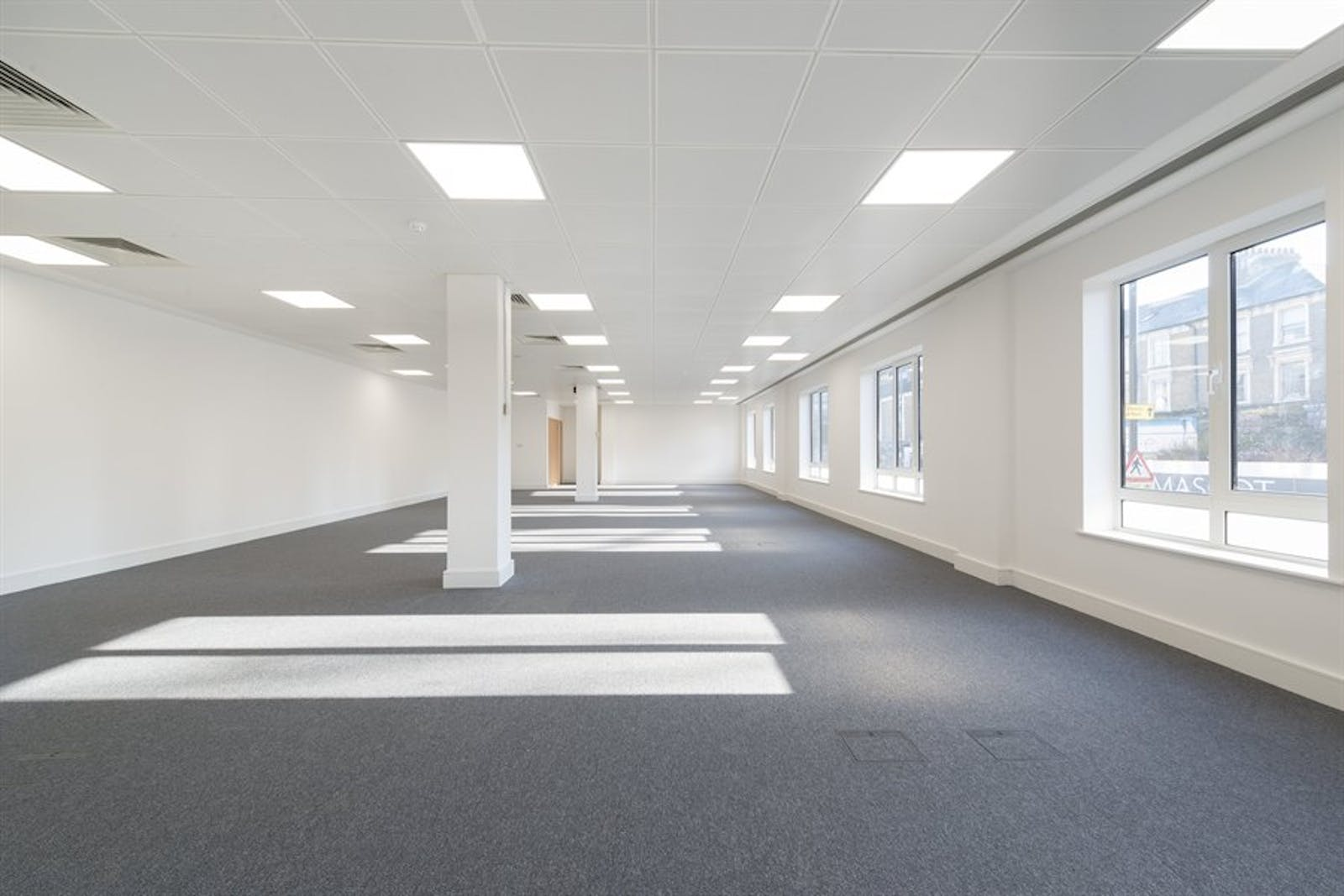 Chiswick Gate, Chiswick, London, Office To Let - 006_Property (1).jpg