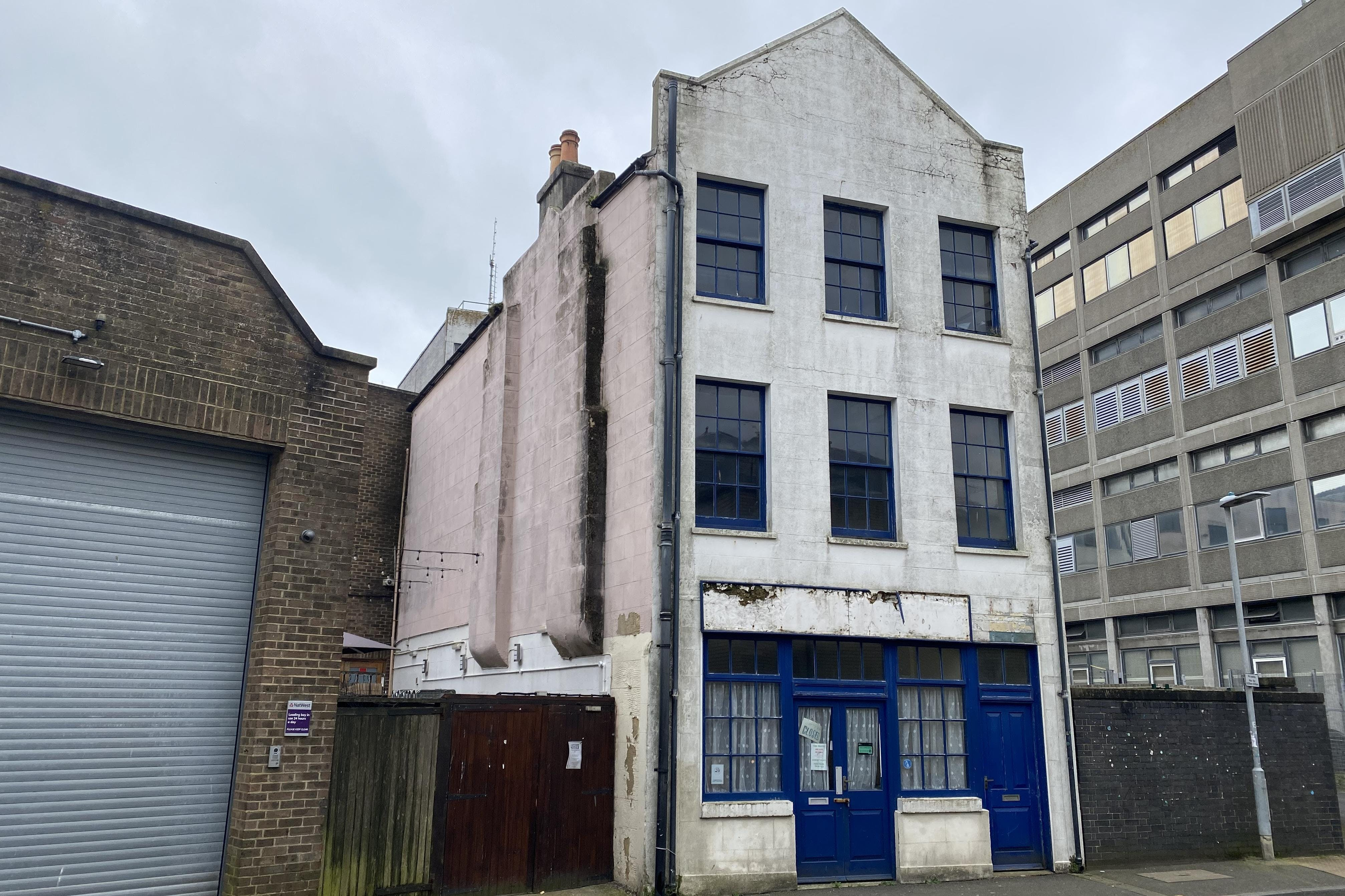 4 Middle Street, Hastings, Office / Retail / Investment For Sale - IMG_4428.JPG