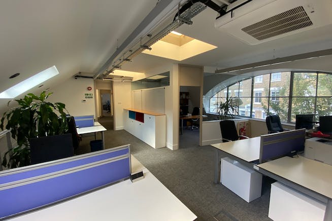 81 Blythe Road, Hammersmith, Hammersmith, Offices To Let / For Sale - IMG_8578.jpg