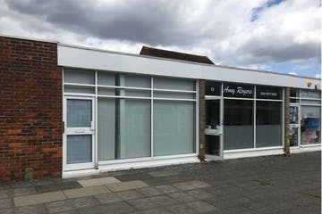 11 The Precinct, Gosport, Retail To Let - Building .JPG