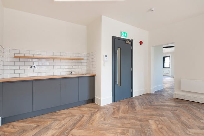 Reef House, Plantation Wharf, London, Offices To Let - Internal (3)