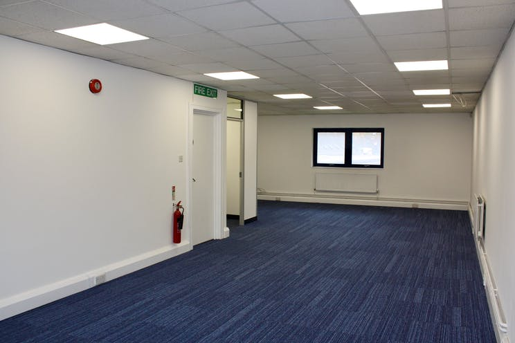 2nd Floor Unit 2 Viceroy House, Mountbatten Business Park, Southampton, Office / Business Park / Other To Let - 3.jpg