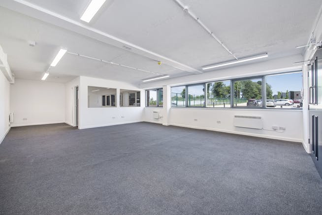 14 Meadow View, Long Crendon, Office / Industrial To Let - F-9.jpg