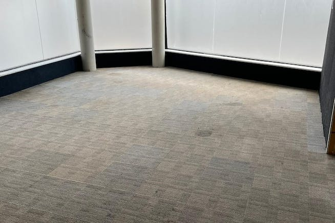 4 Connaught Road, London, Office / Retail To Let - 4.jpg