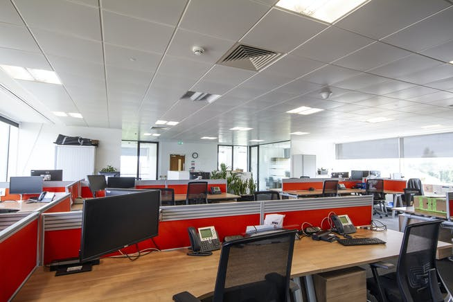 Third Floor, TOR, Maidenhead, Offices To Let - T1.jpg