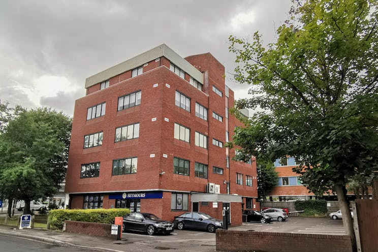 West Lodge, Station Approach, West Byfleet, Offices To Let - IMG_20190809_093324.jpg