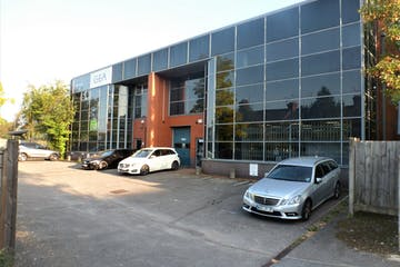 Ground Floor, 4 Bell Business Centre, Maidenhead, Industrial To Let - External 3  4.jpg
