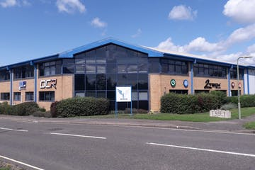 Leydene House, Waterlooville, Office / Industrial To Let - 20190815_130857.jpg
