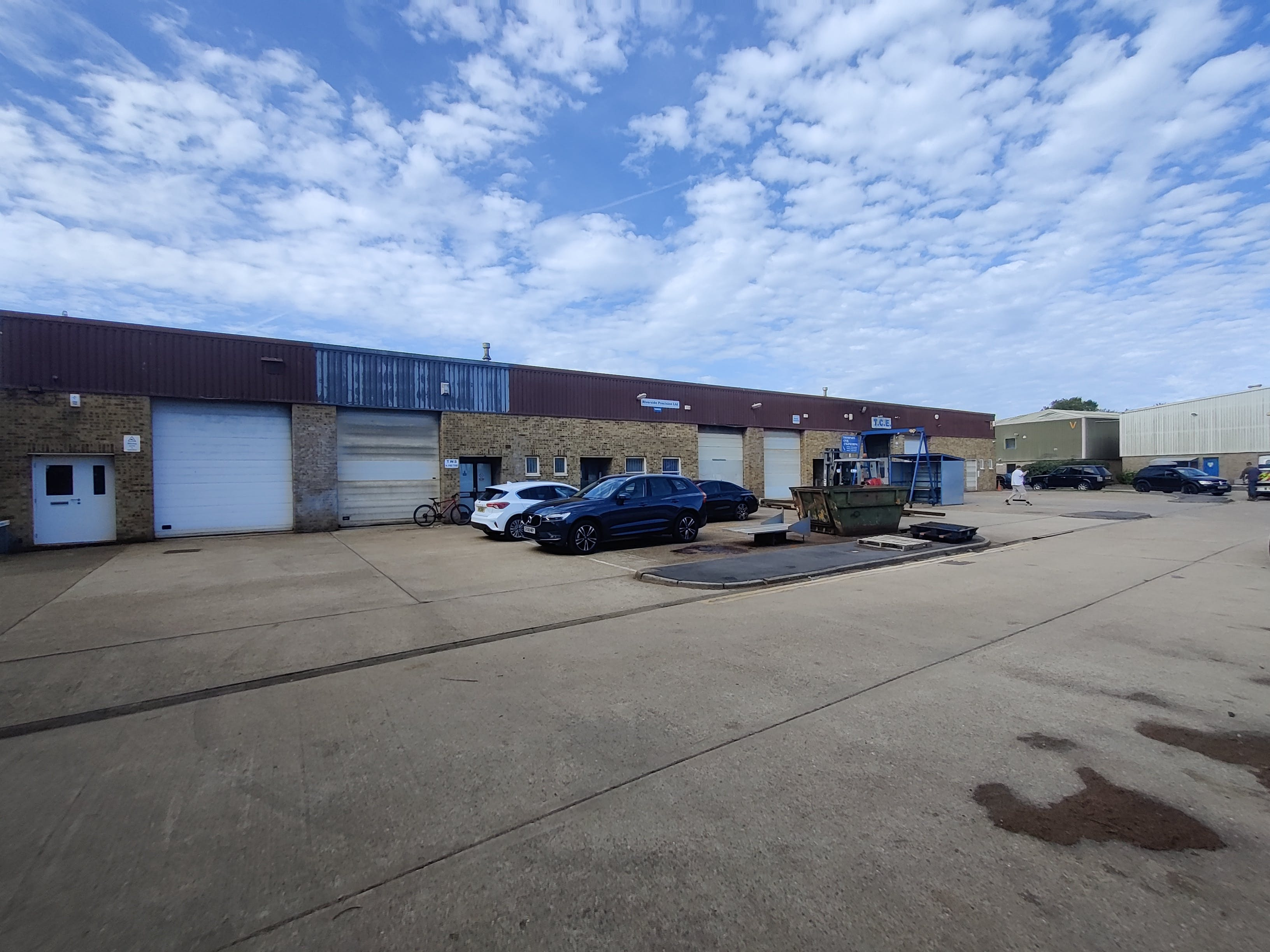 R6 Riverside Industrial Estate, Littlehampton To Let - IMG_20200928_133743.jpg