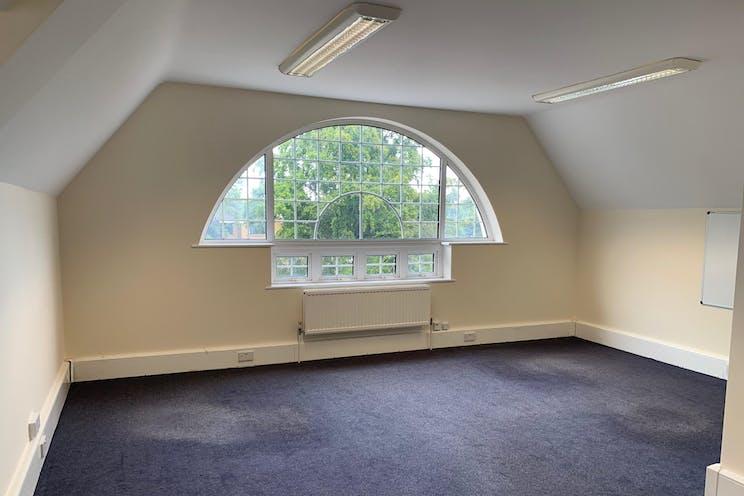 Locke King House, Balfour Road, Weybridge, Offices To Let - IMG-3887.JPG