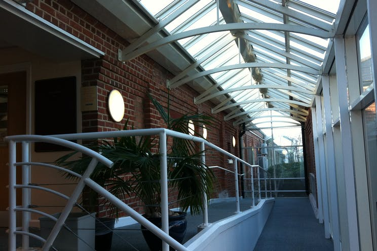 Suite 20 & 20A, Building 23, Gosport, Office To Let - IMG_3142.JPG