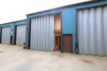 Unit B7, 46 Holton Road, Poole, Industrial & Trade To Let / For Sale - IMG_41641 .jpg