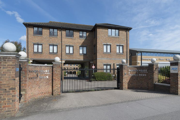 Unit D Thames Mews, Unit D, Thames Mews, Esher, Offices To Let - IW-100619-GKA-020.jpg