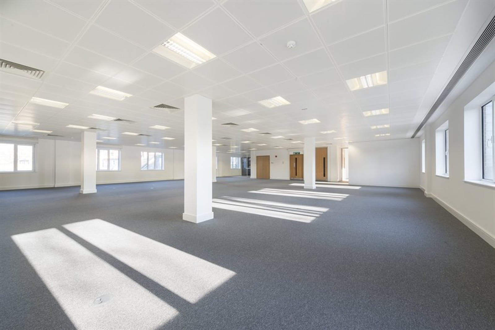 Chiswick Gate, Chiswick, London, Office To Let - 009_Property (1).jpg