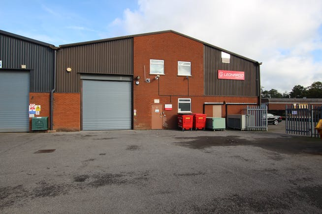 7A Woolmer Trading Estate, Bordon, Warehouse & Industrial To Let - IMG_0373.JPG
