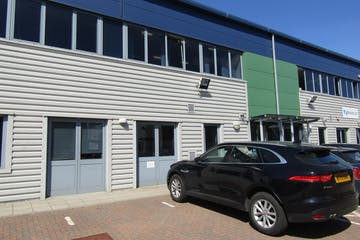 Ground Floor, Unit 2, Wokingham Commercial Centre, Wokingham, Industrial / Offices To Let - IMG_1750.JPG