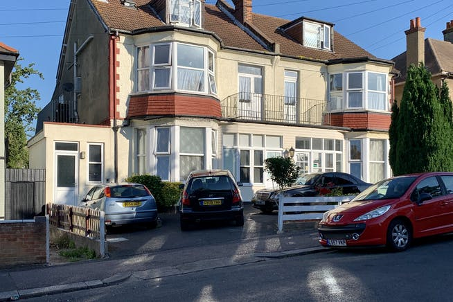 St Vincents Road And Ailsa Road, Westcliff On Sea, Investment For Sale - IMG_3029.JPG