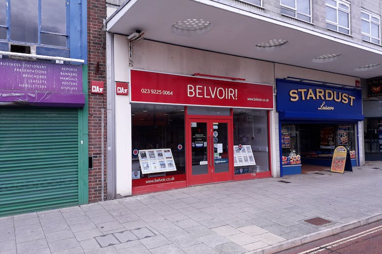 1 Clock House, Waterlooville, Waterlooville, Retail To Let - 20190726_114450.jpg