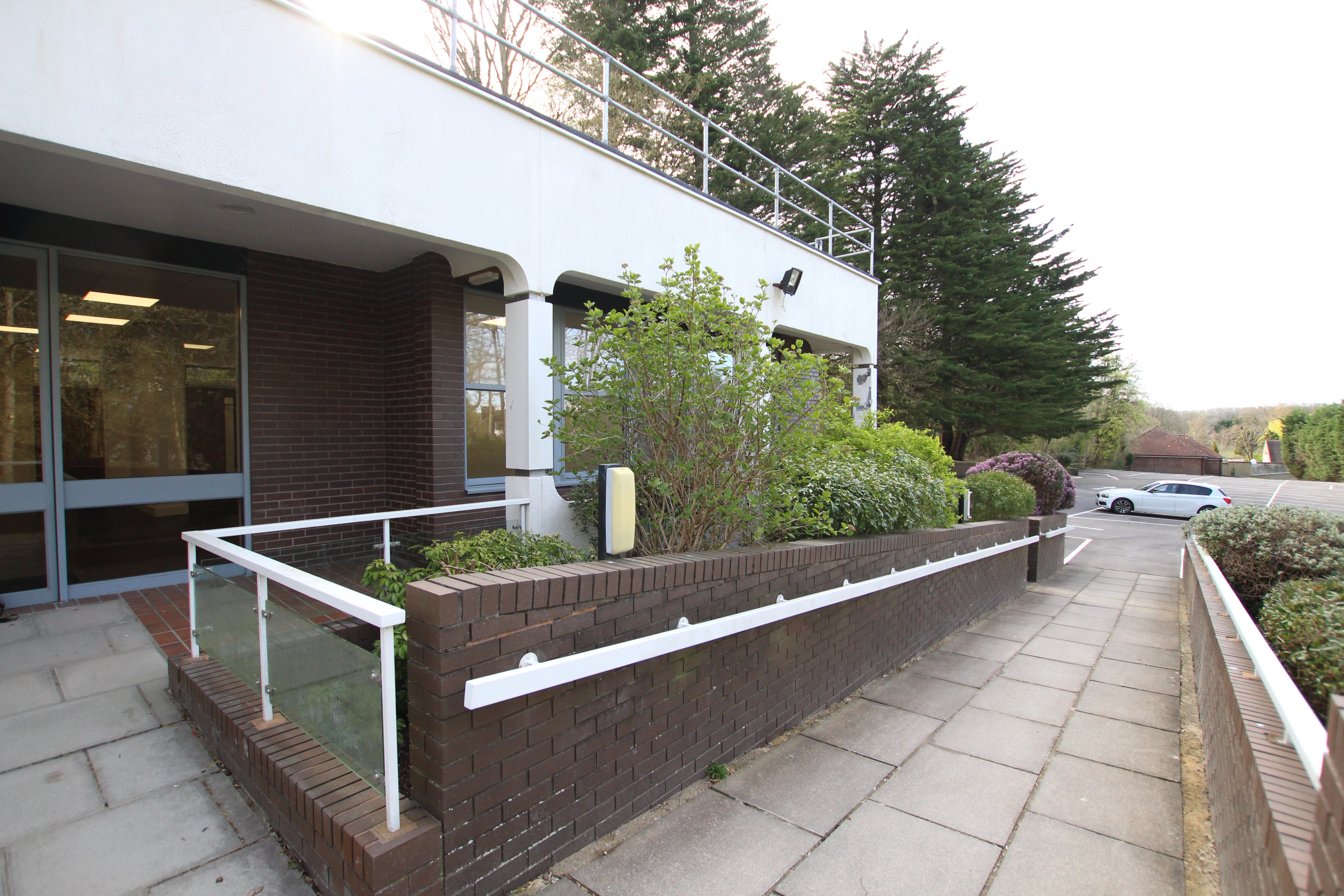 North Block, Bentley Hall, Alton, Offices To Let - IMG_0958.JPG