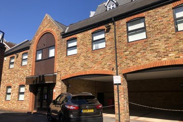 Granary House, Leatherhead, Offices To Let / For Sale - IMG_0871.jpg