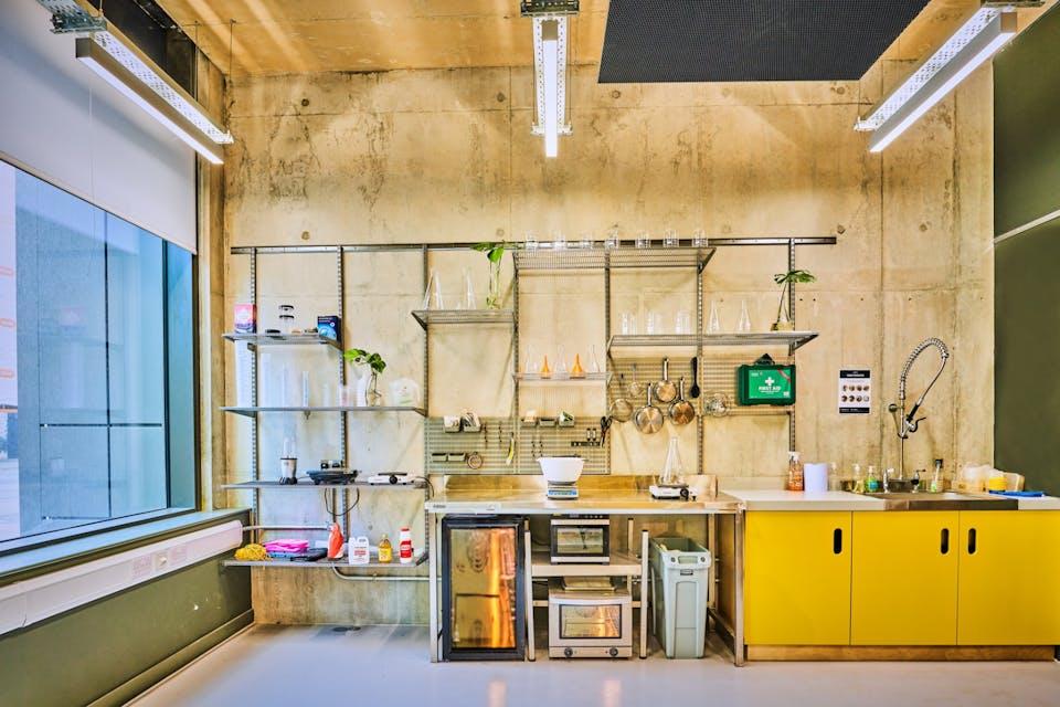 Plus X Innovation Hub, Brighton, Offices To Let - PlusXWorkshops04121.jpg
