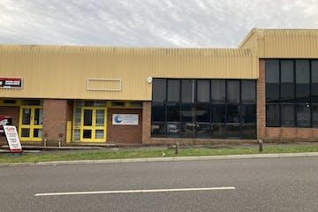 Unit 5 Grove Park, Alton, Warehouse & Industrial To Let - IMG_1069.JPG