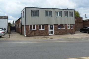 Unit 1, Arnhem Road, Newbury, Industrial To Let - 1 Arnhem New External 1.JPG