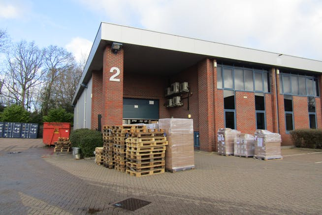 Units 2 & 3, The Sterling Centre, Bracknell, Industrial To Let - IMG_1517.JPG