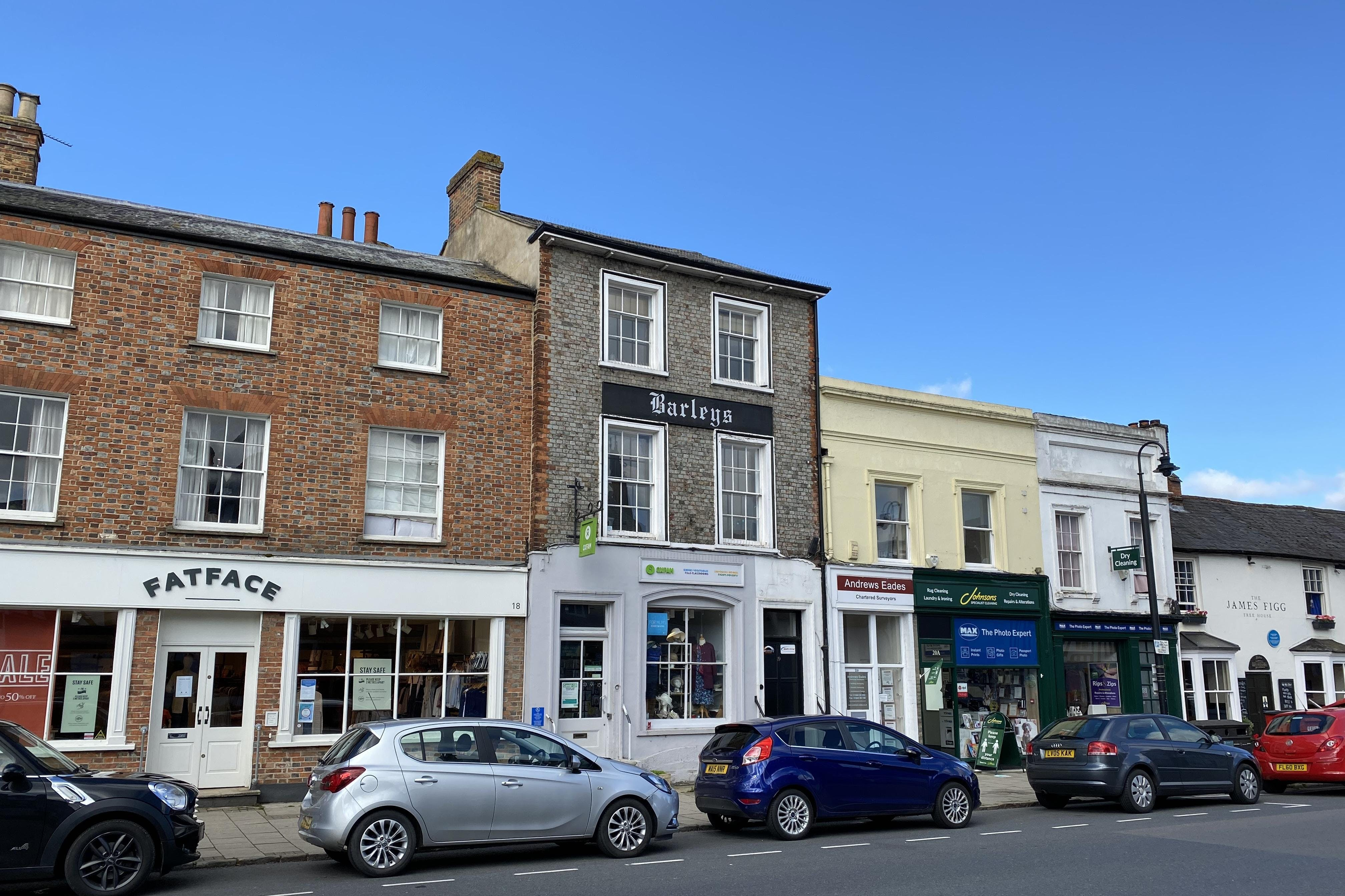 1st and 2nd Floor Offices, 19 Cornmarket, Thame, Office To Let - IMG_8219.JPG