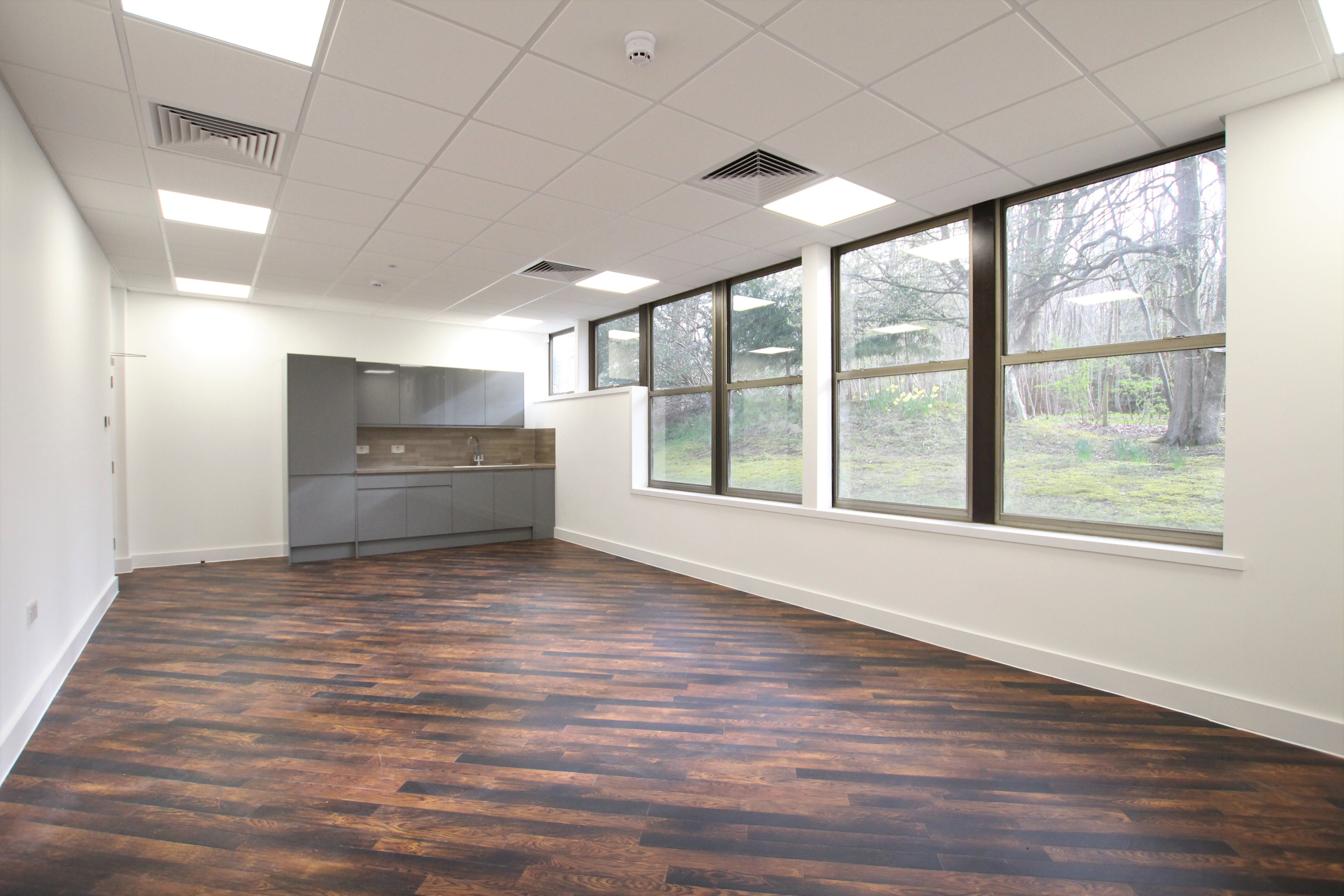 North Block, Bentley Hall, Alton, Offices To Let - IMG_0933.JPG