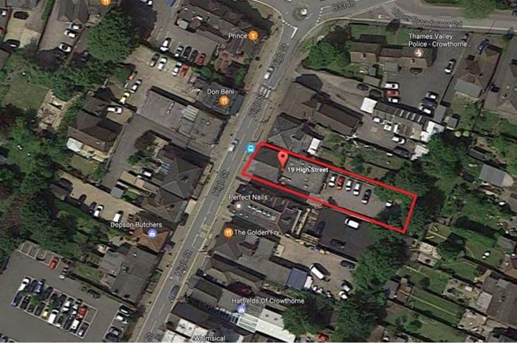 19 High Street, Crowthorne, Retail To Let - Aerial.JPG