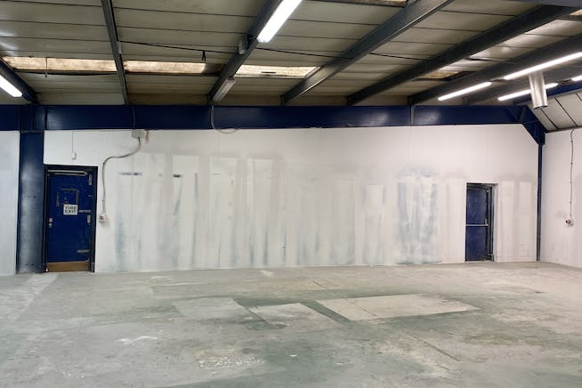 Unit 33,  Summerstown, London, Industrial To Let - IMG_0095.jpg