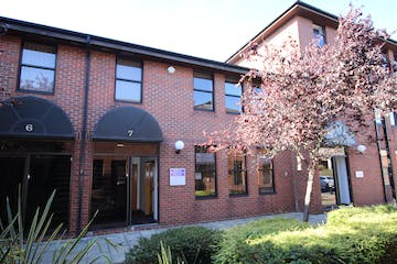 First Floor Office, Unit 7 Winchester Place, North Street, Poole, Office To Let - IMG_5031.JPG