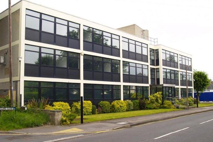 Phoenix House, West Byfleet, Offices To Let - External.jpg