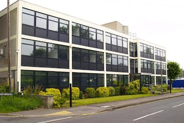 Phoenix House, West Byfleet, Offices To Let - External.jpg