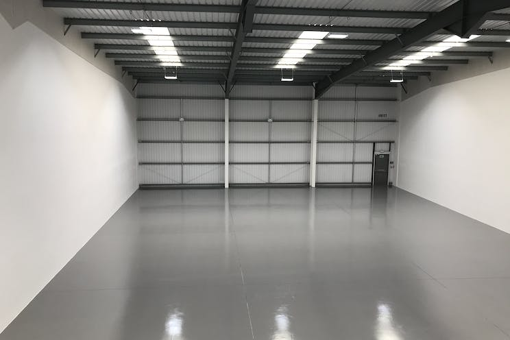 Unit 4 - J4, Camberley, Warehouse & Industrial To Let - IMG_2356.jpg