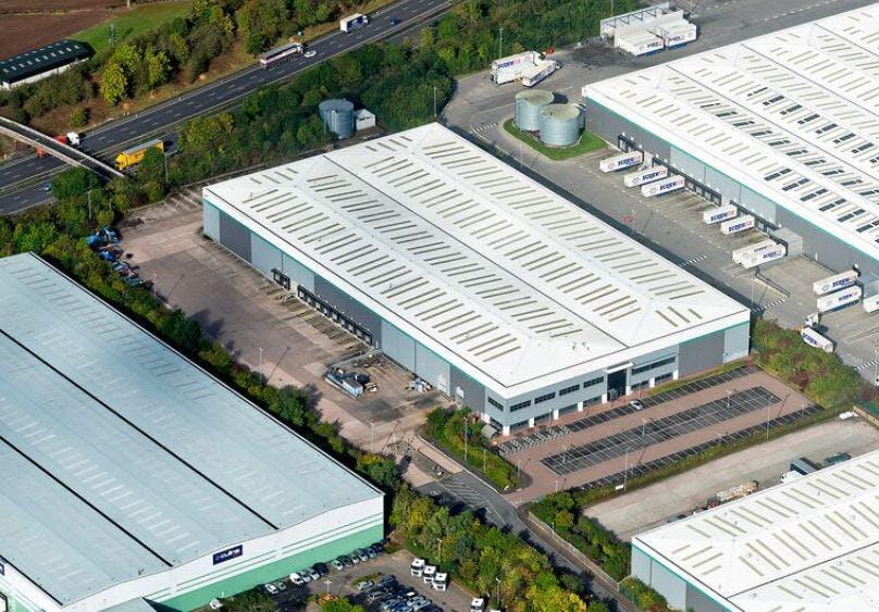 Dc2 Prologis Park Stafford, Stafford, Distribution Warehouse To Let - stafford 3.JPG