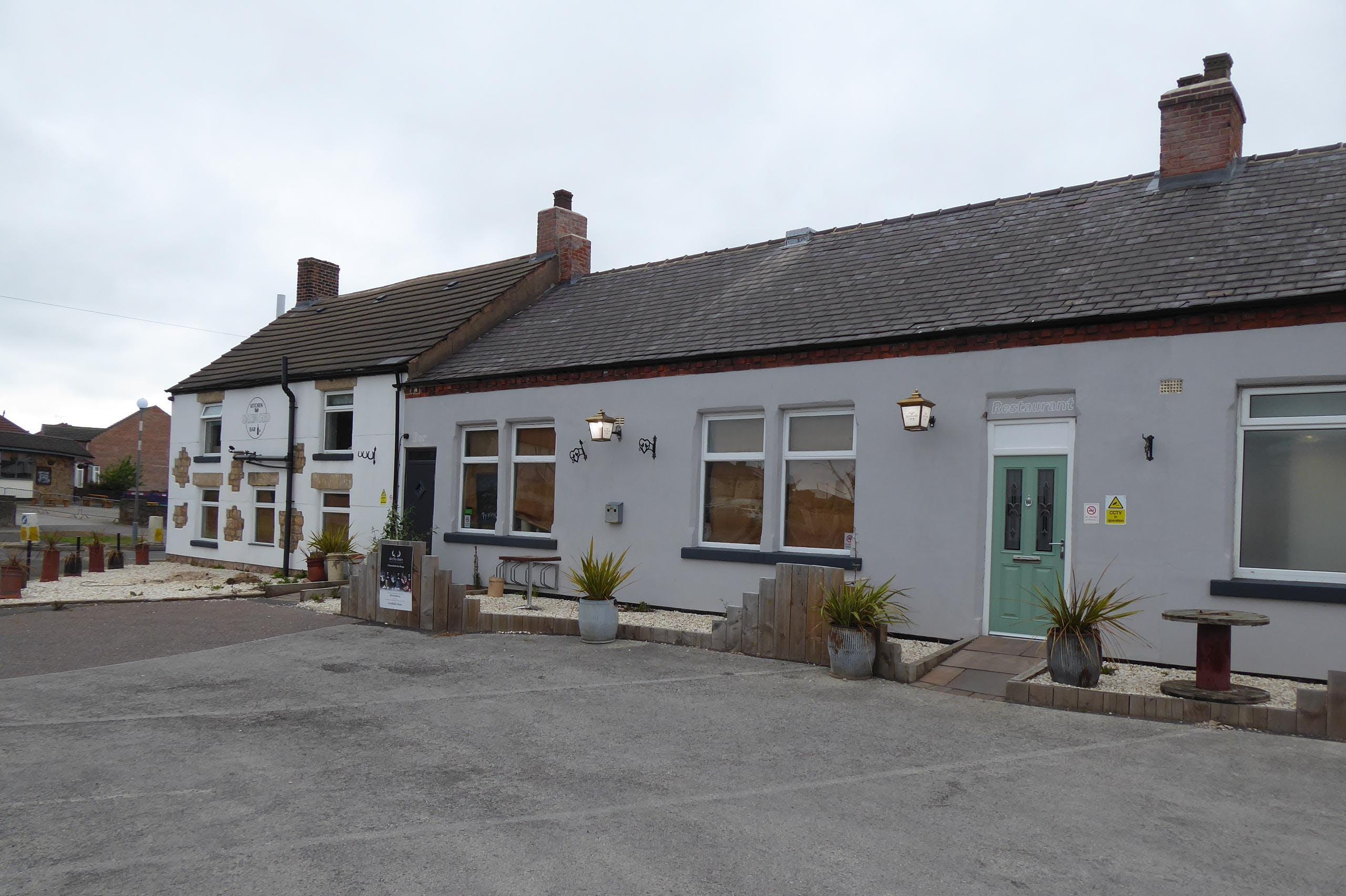 Salvaged Kitchen & Bar/former Crown Inn, Clowne, Restaurant For Sale - P1030686.JPG