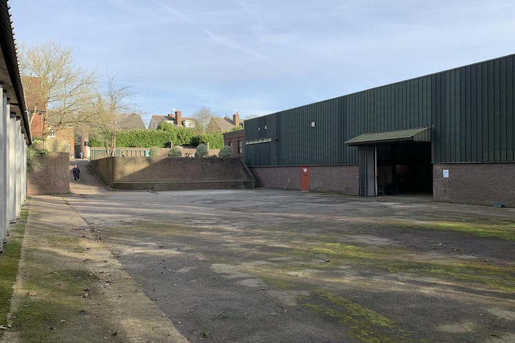 Securit House, Lagham Road, South Godstone, Warehouse & Industrial To Let - IMG_0402.jpg