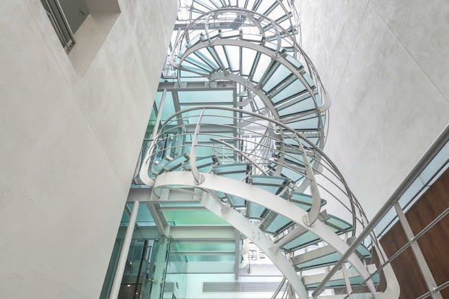 22 King Street, London, Offices To Let - Staircase