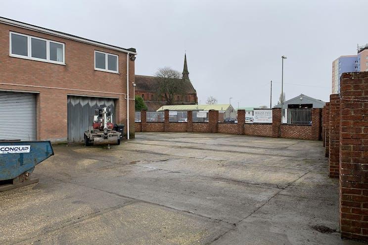 Moreland Road, Gosport, Industrial To Let / For Sale - BiqA-69U.jpg