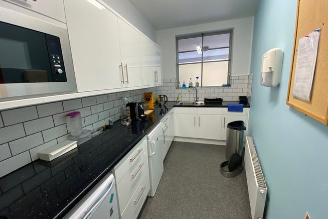 81 Blythe Road, Hammersmith, Hammersmith, Offices To Let / For Sale - IMG_8583.jpg