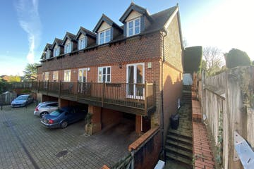 4 Austin Court, London Road, Westerham, Residential To Let - Main Picture