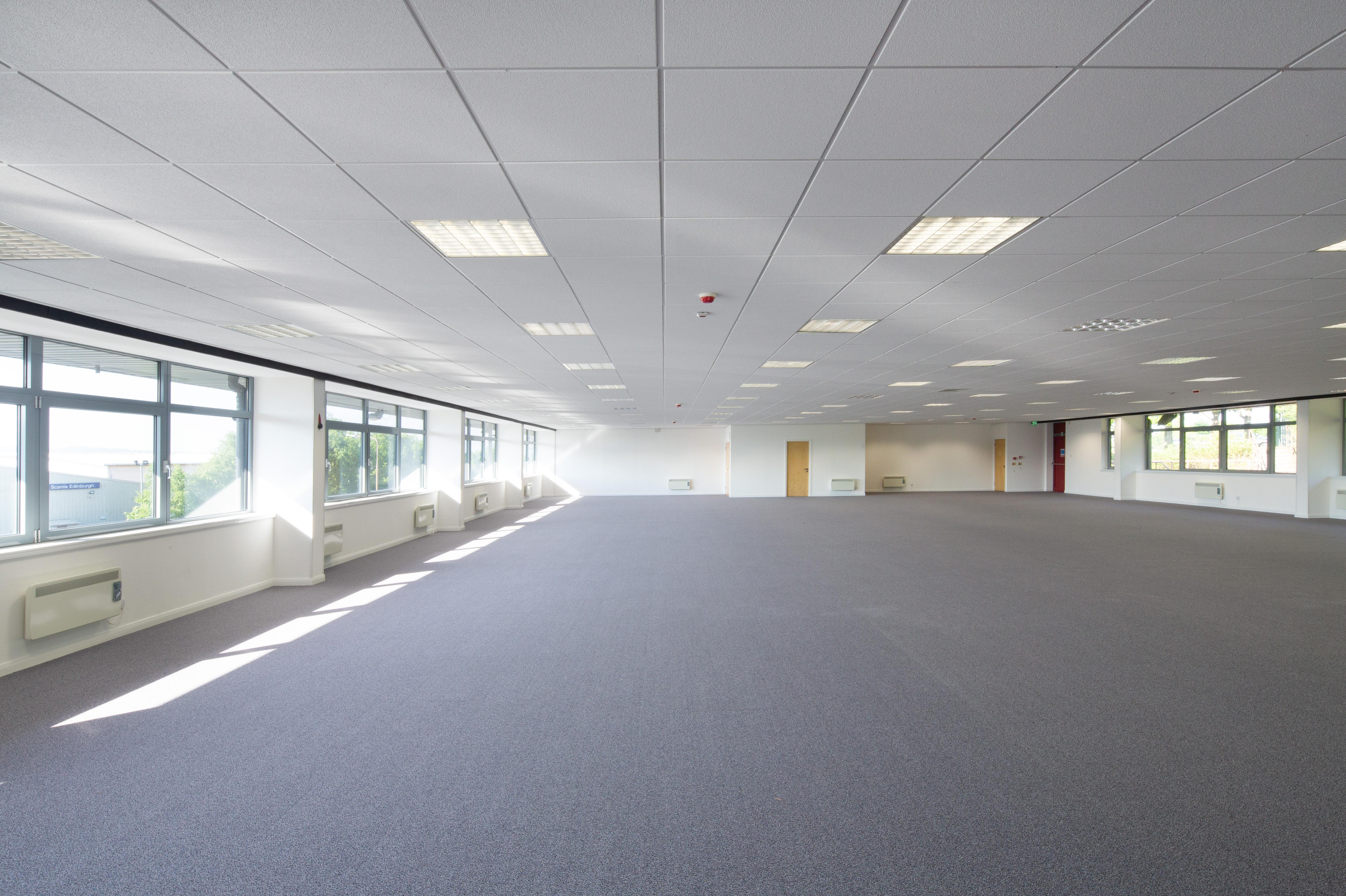 Hampton Court, Manor Park Avenue, Runcorn, Office To Let - 5554-009-®McAteer.jpg