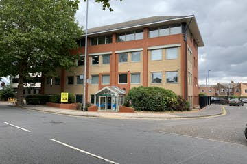 Fairfield House, Portsmouth, Office To Let - Photo 31-07-2019 11 14 10 (003).jpg