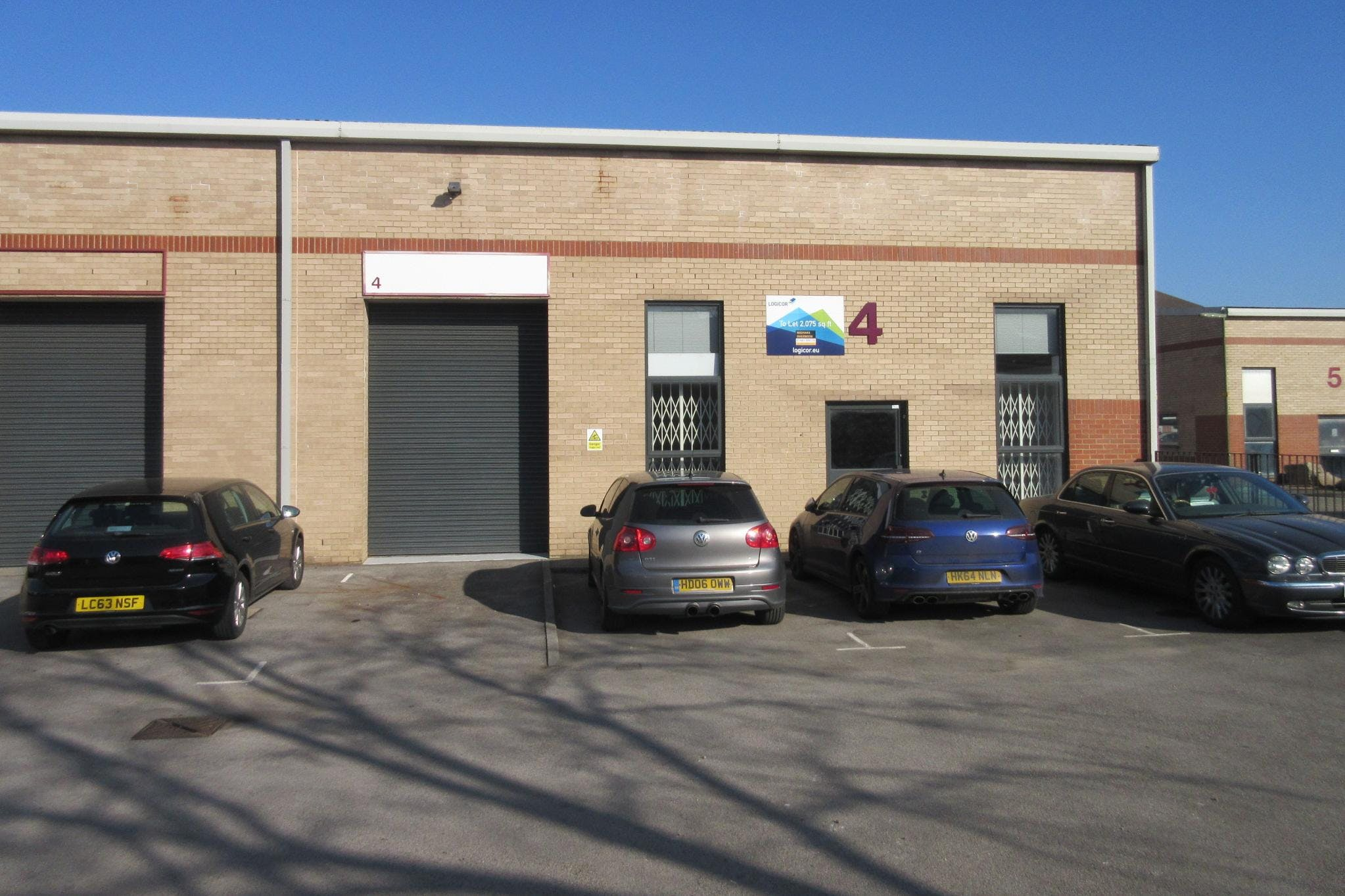 Unit 4 Boundary Business Centre, Boundary Way, Woking, Warehouse & Industrial To Let - IMG_6999.JPG